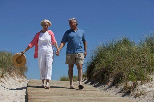 Ходьба пешком очень полезна в любом возрасте