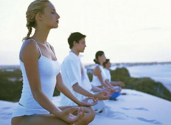 Используйте практику хатха-йоги для управления своим дыханием