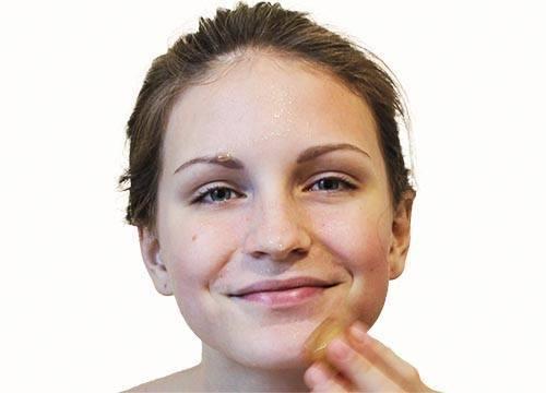Протирайте лицо после очищения кожи