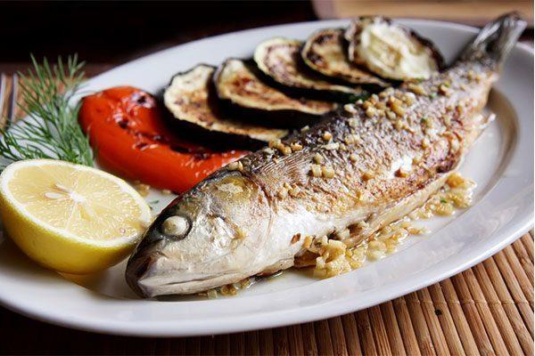 Рыба прекрасно сочетается с овощами как по вкусу, так и по пользе, не надо придумывать ничего нового, просто придерживайтесь этого правила и наслаждайтесь трапезой!