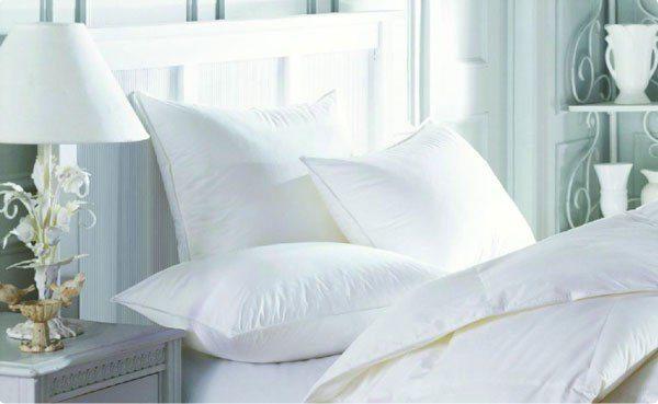 """Выбирайте постельное белье из натуральных материалов, оно """"дышит"""", там самым улучшает качество сна."""