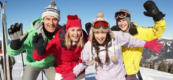 С какой скоростью бы вы не бегали на лыжах, и даже если вы вообще не спортсмен, после прогулки на лыжах у вас будет великолепное настроение